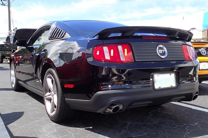 Mustang Gt Coupe Rear End on Green Rear End